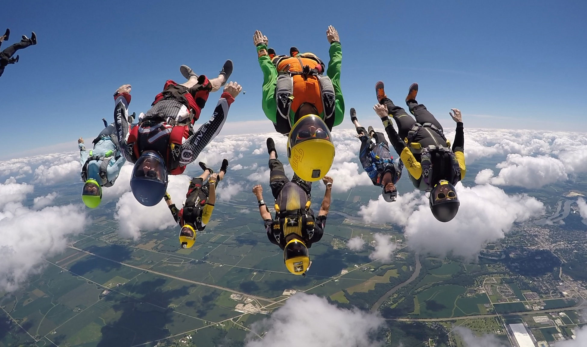 Skydiving in Ontario
