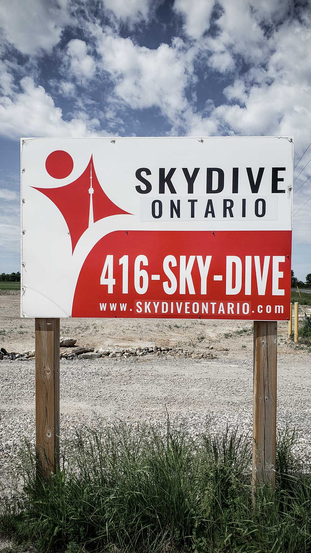 Skydive Ontario Road Sign