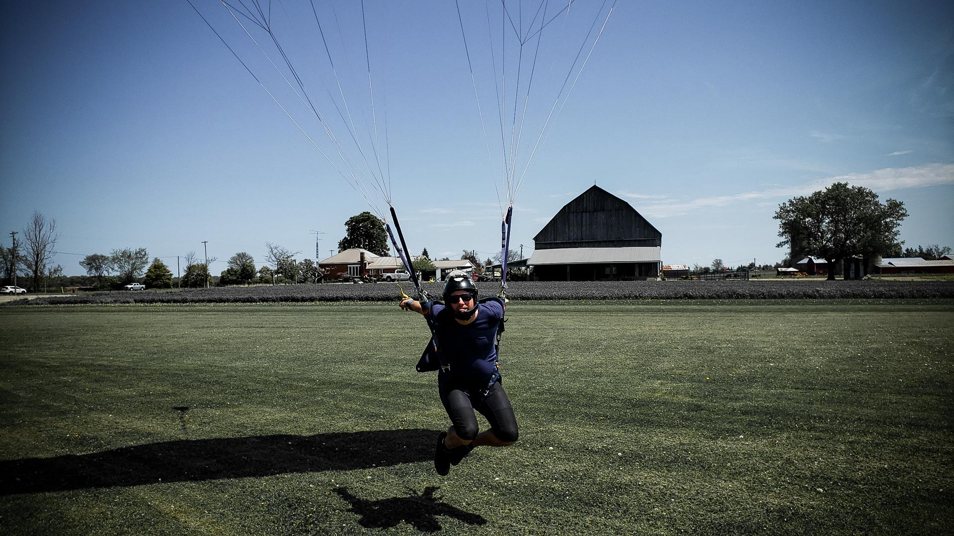 Swooping allowed at Skydive Ontario